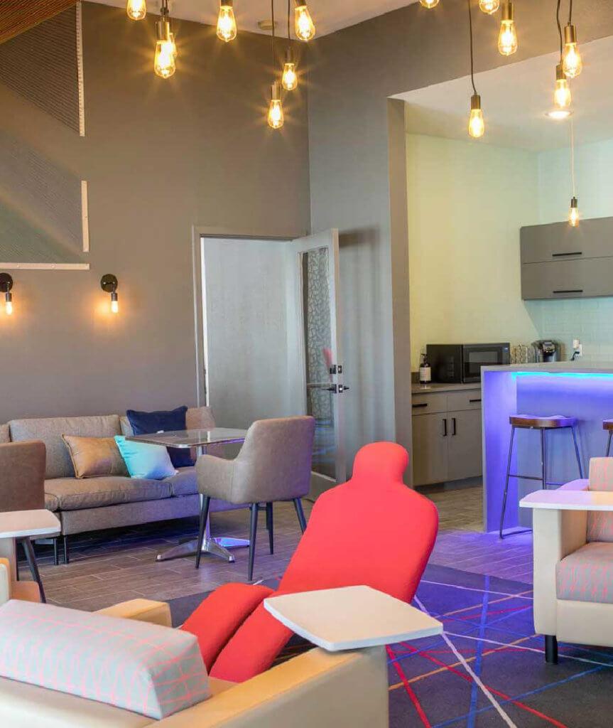 Apartments In Lubbock: THRIVE Lubbock: Lubbock Student Housing